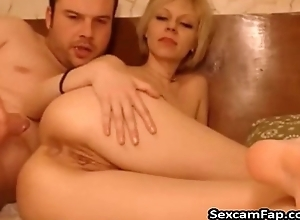 Young Blonde Girl Acquires Anal Fucked By Guy On Cam