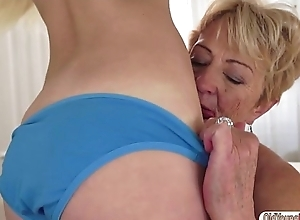 Peaches cutie Lilla eat granny Malyas old hairy pussy and ass