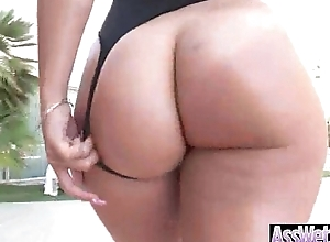 Round Huge Butt Girl (kelsi monroe) In Hardcore Style Anal invasion Tape clip-20