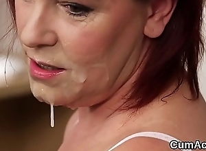Wicked looker gets sex cream attempt on her face swallowing all the love juice