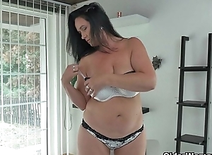 Well rounded milfs Riona and Ria with respect to a masturbation break