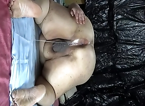 Fat Japanese &quot_Shino&quot_ exposes the show to drip semen from anal pussy.