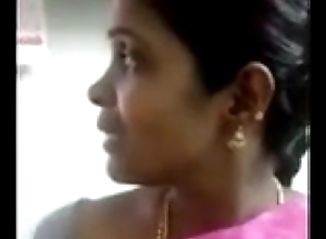 filly in saree arrange for press boobs discourteous to owner