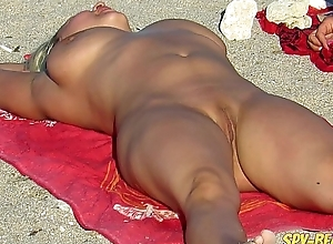 Nude Beach Milf Amateur Voyeur Rearrange Up Pussy And Ass